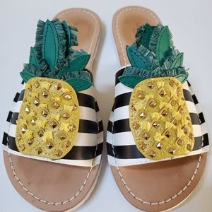 🍍♠️🎉NTW kate spade slip on shoes 6.5